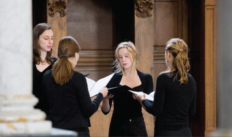 Psallentes' Beghinae - Here with Rozelien Nys, Helen Cassano, Lieselot De Wilde, Kerlijne Van Nevel
