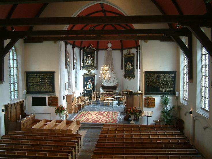 Rhoon hervormde kerk interieur, waar Psallentes olv Hendrik Vanden Abeele uit de Codex Calixtinus zal zingen op 24 mei 2013