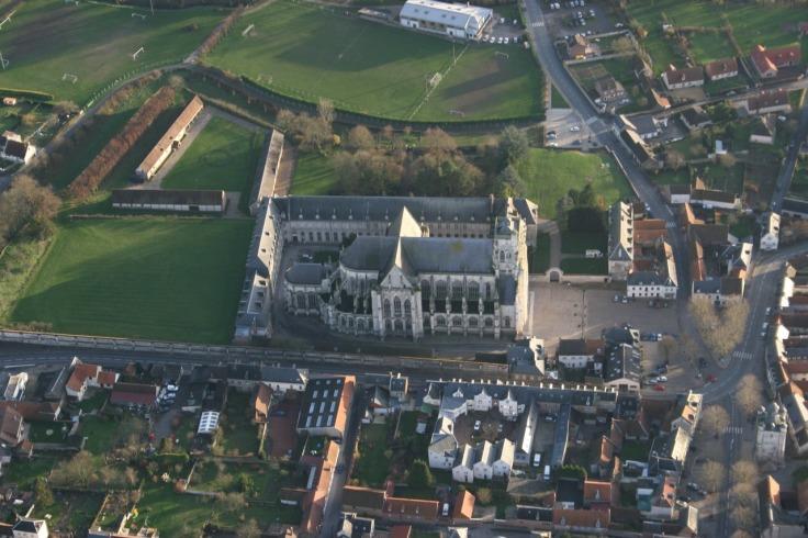 Photo aérienne de Saint-Riquier. Survoldefrance.fr