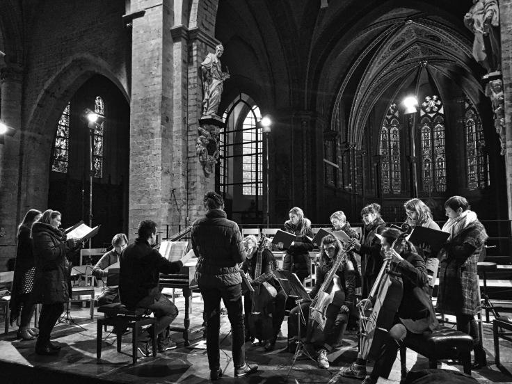 Psallentes met leden van Chœur de Chambre de Namur en Cappella Mediterranea.